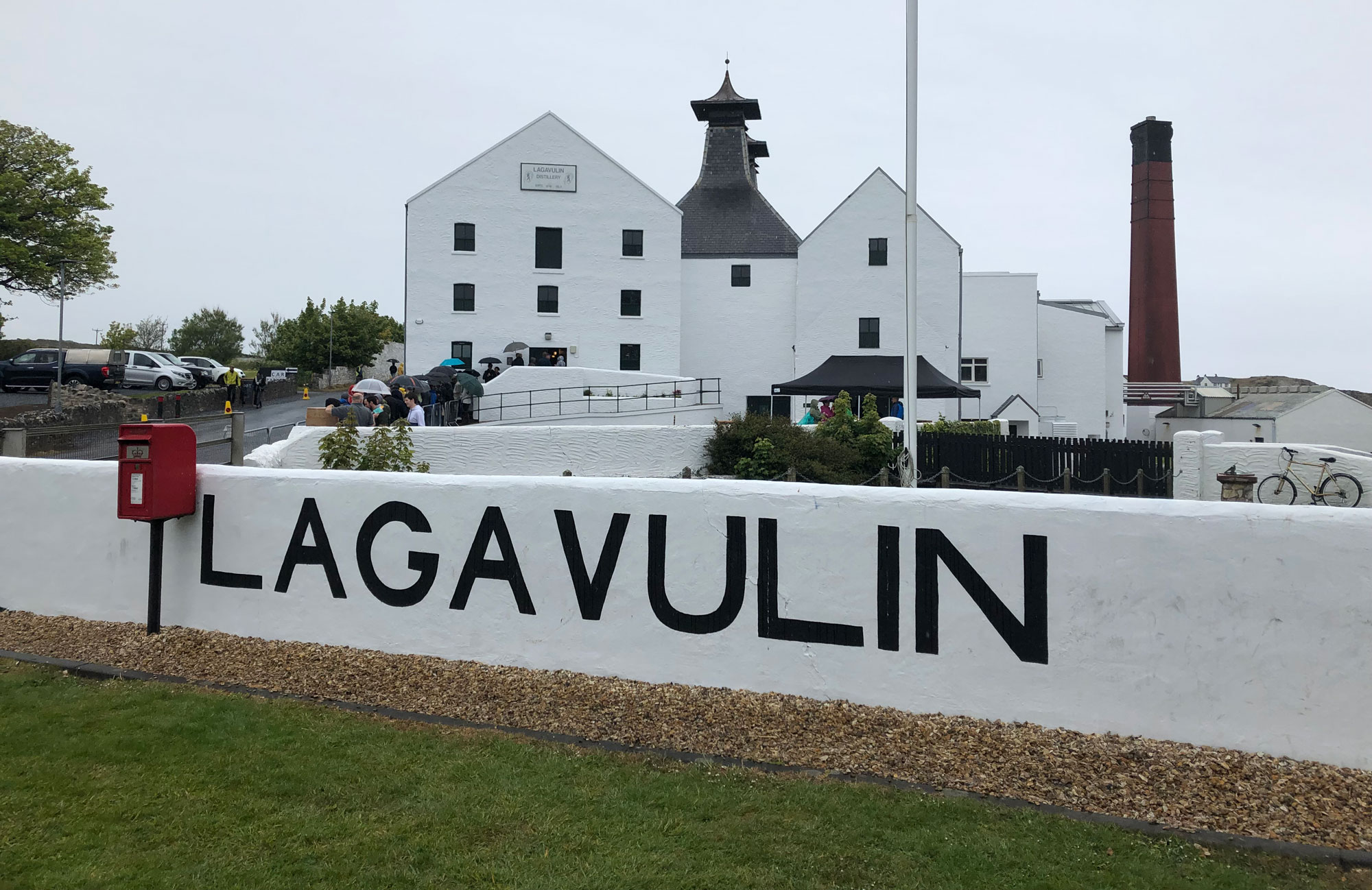 We put your Lagavulin questions to Colin Gordon!