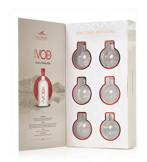 The Lakes Vodka Bauble Gift Set