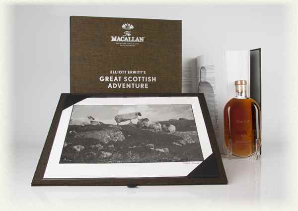 Macallan Great Scottish Adventure (Print 32) - Elliott Erwitt (Masters of Photography)